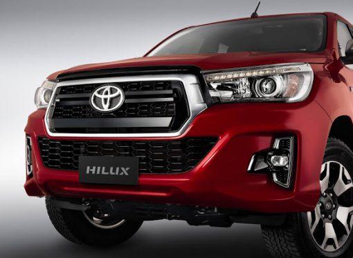 Toyota lanza el restyling de la Hilux