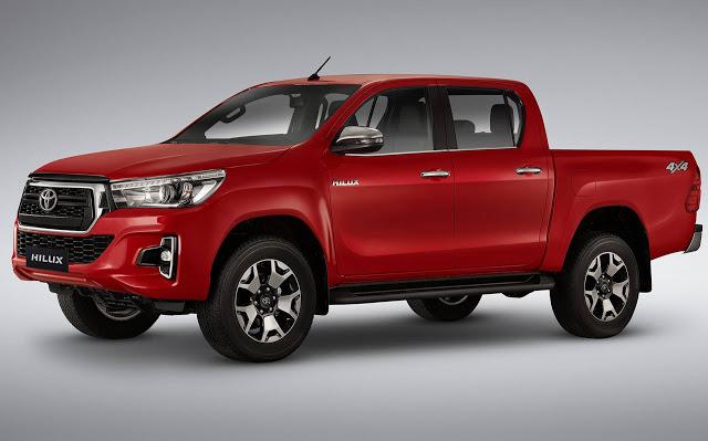 Toyota suma mejoras en la Hilux