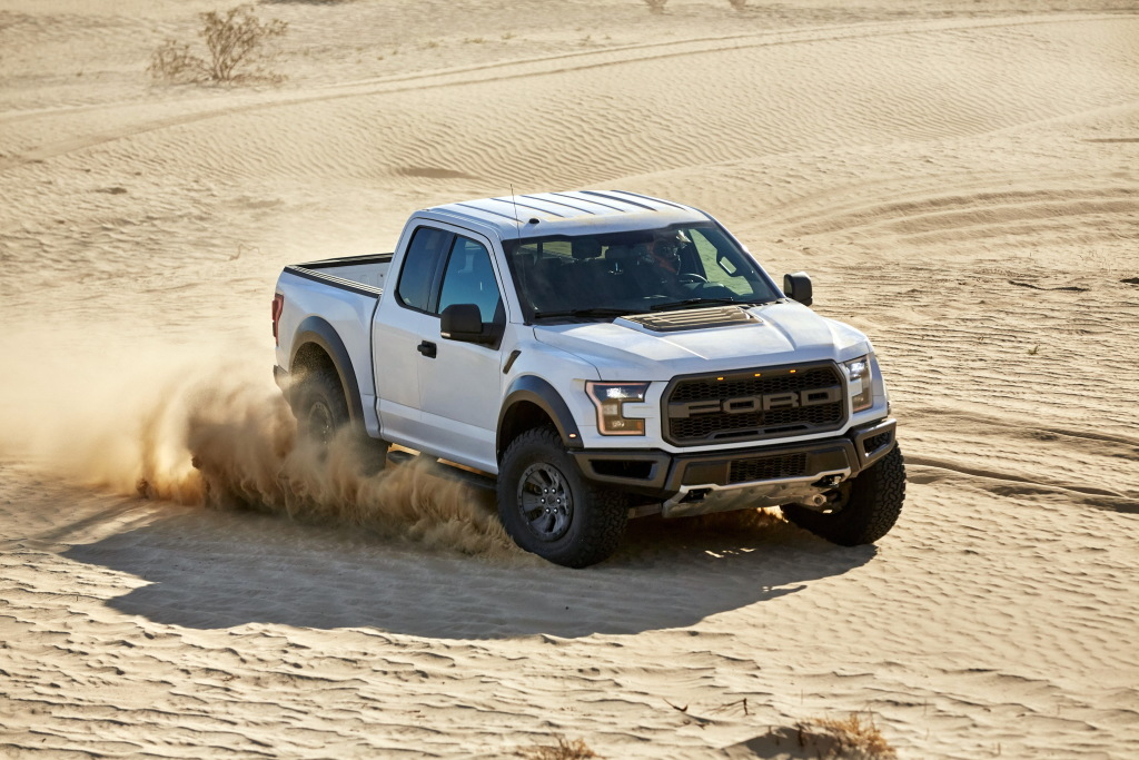 Contacto: Ford F-150 Raptor