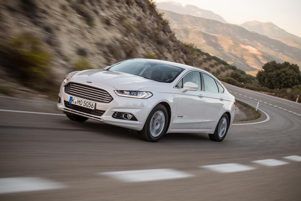 Ford confirma la llegada del Mondeo híbrido