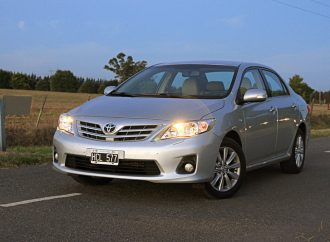 Prueba: Toyota Corolla 1.8 SE-G M/T