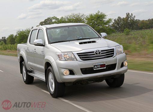 Prueba: Toyota Hilux 4X4 SRV AT
