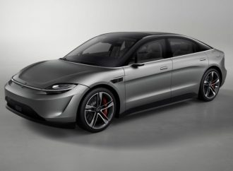 Sony creó un auto solo para mostrar sus avances tecnológicos