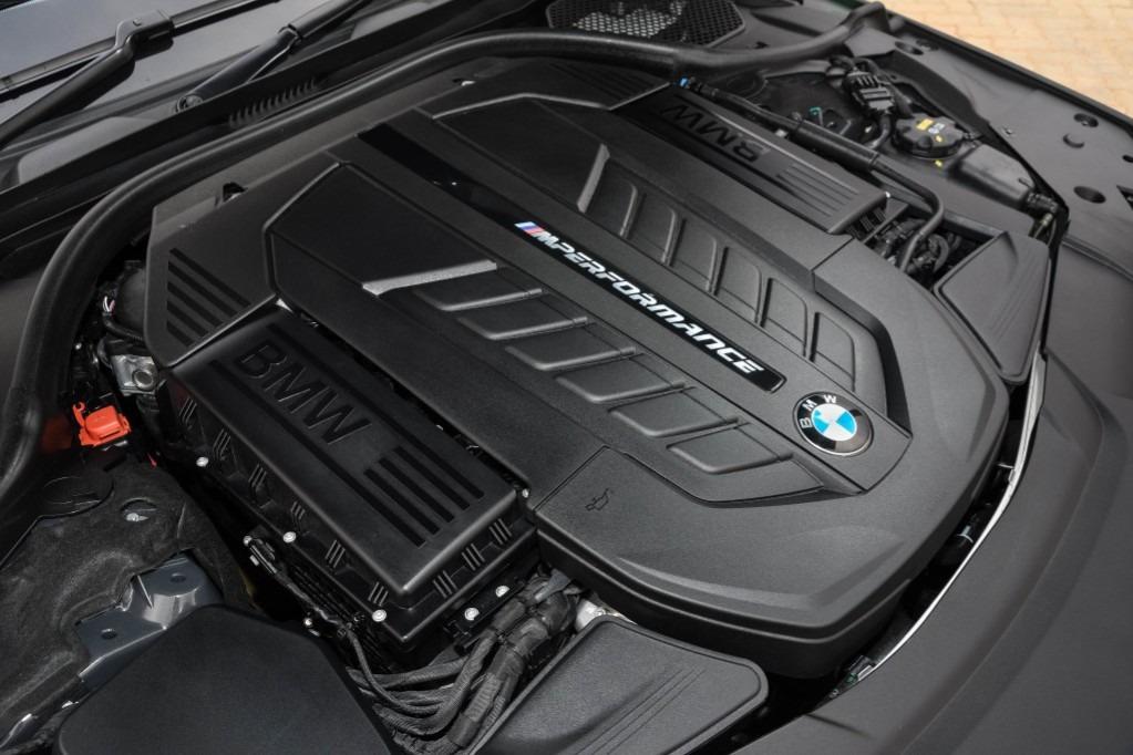 No está muerto: BMW producirá motores a combustión por 30 años más