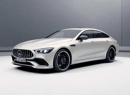 Mercedes lanza dos versiones del AMG GT
