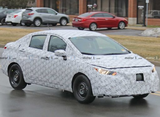 Nissan testea la nueva generación del Versa