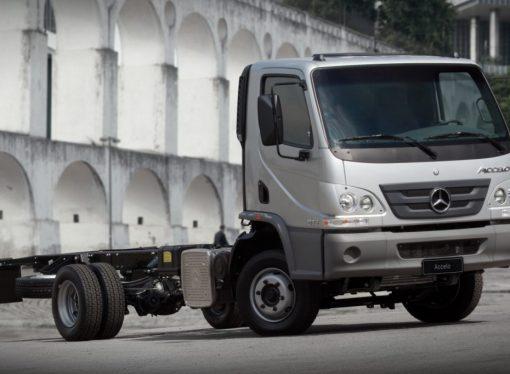Mercedes lanza el Accelo nacional