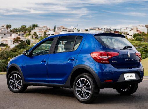 Renault lanza los renovados Sandero y Logan en Brasil