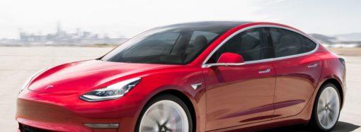 El Tesla Model 3 lidera cómodo las ventas mundiales de autos eléctricos