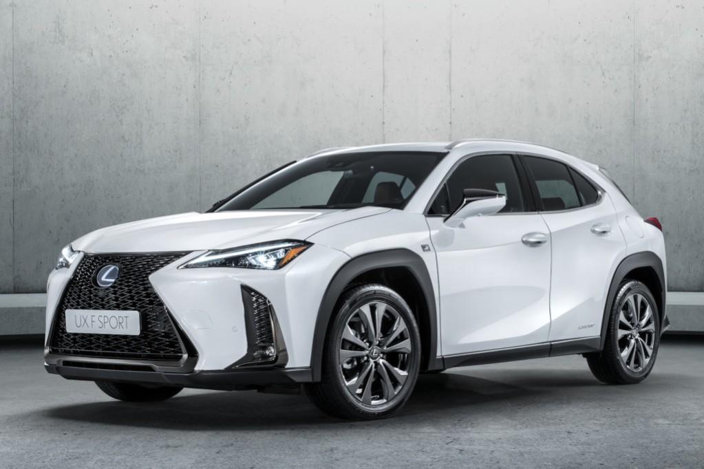 Lexus lanza el UX, su SUV más pequeño