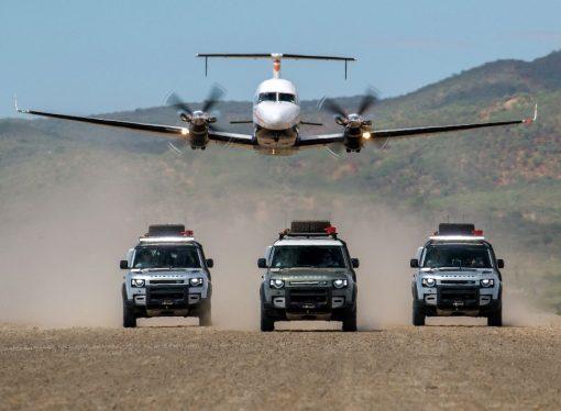 15 magníficas fotos de nuevo Land Rover Defender en Namibia