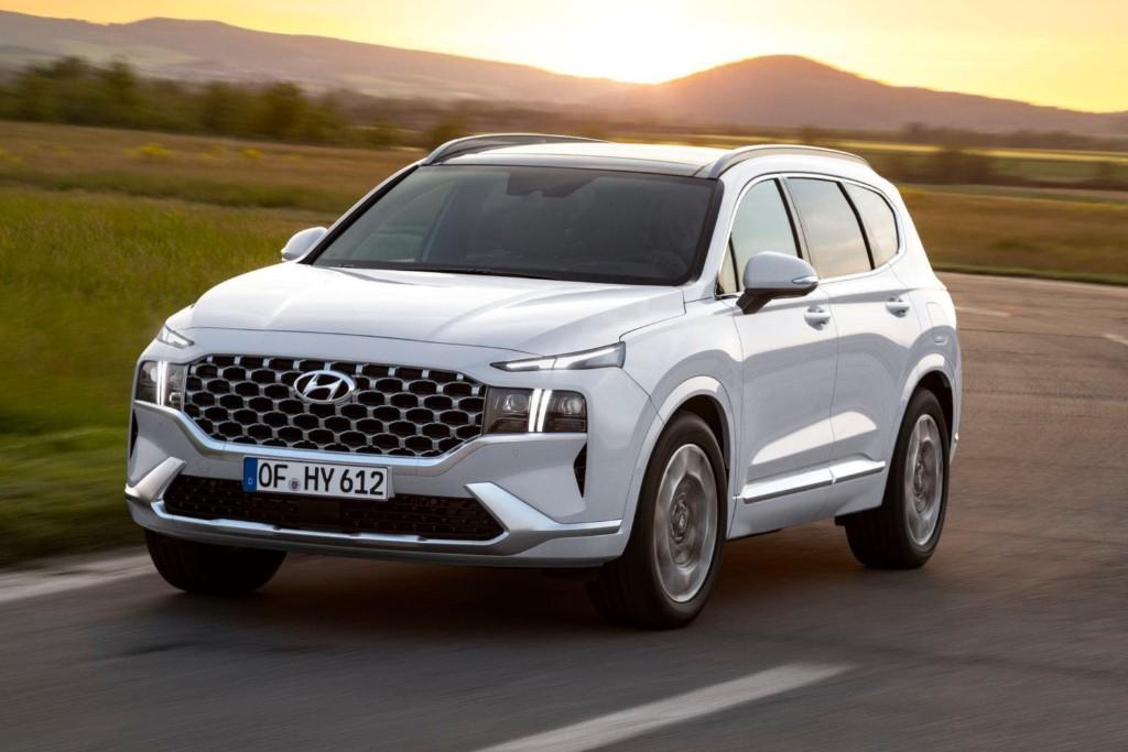 El Hyundai Santa Fe estrena restyling con plataforma nueva