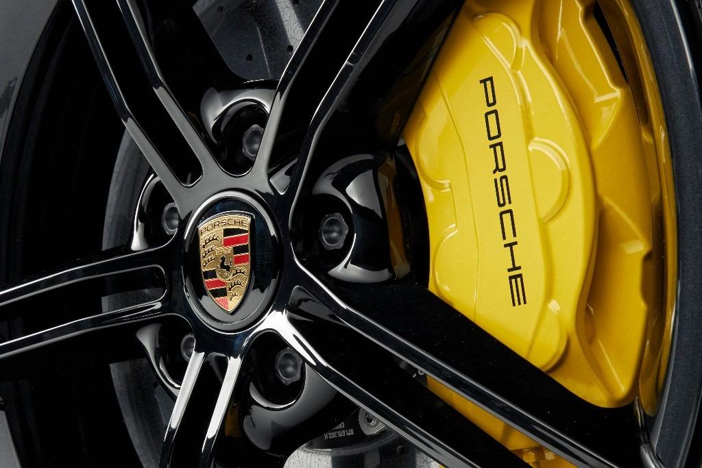 Porsche de dos a cuatro años su garantía
