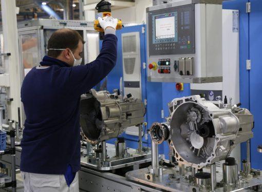 Volkswagen incrementa su producción de cajas en Córdoba