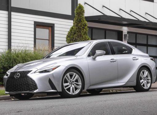 Lexus da de baja el IS a la espera del nuevo