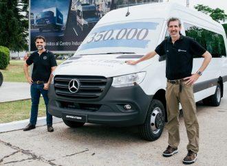 Mercedes produce 350.000 unidades de la Sprinter en la Argentina