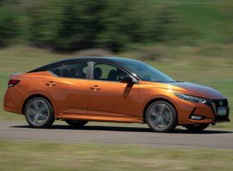 Prueba: Nissan Sentra SR CVT