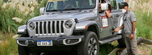 Jeep, junto a Mujeres Todo Terreno