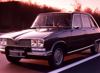 Ocho Renault (con numero) que nunca tuvimos