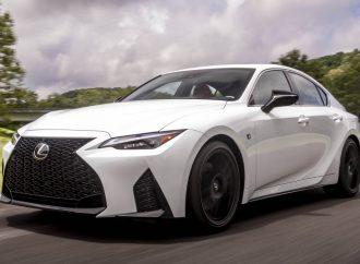 Lexus lanza el nuevo IS