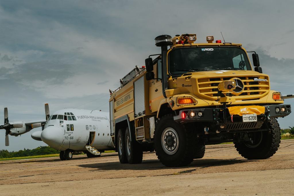 La Fuerza Aérea Argentina suma camiones de Mercedes