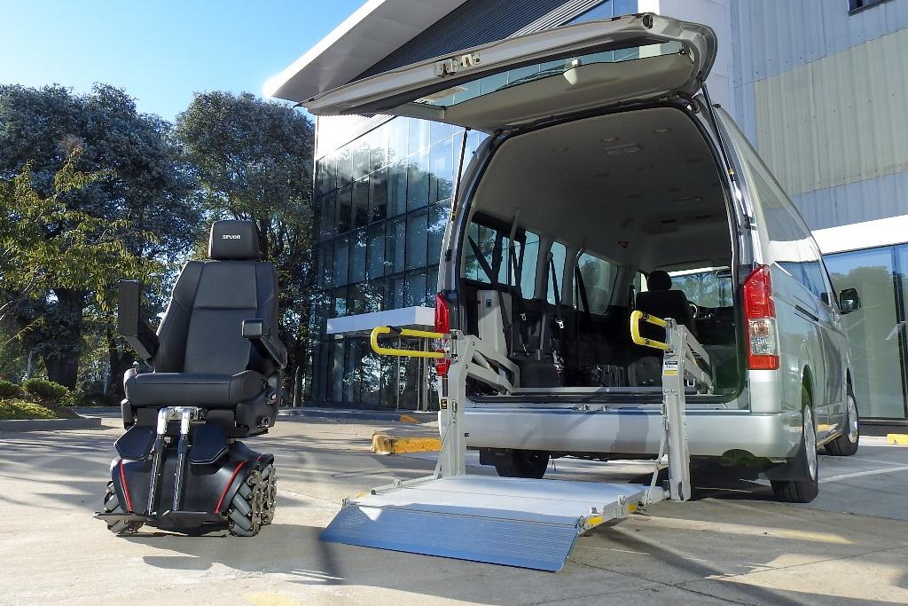 Toyota lanza Siruom, una silla de ruedas eléctrica