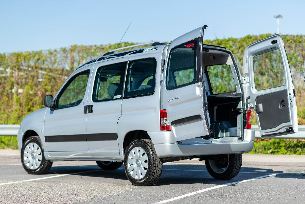 Citroën y Peugeot cambian el portón de los Berlingo y Partner