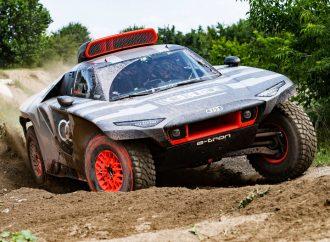 Audi presenta su RS Q e-tron para el Dakar