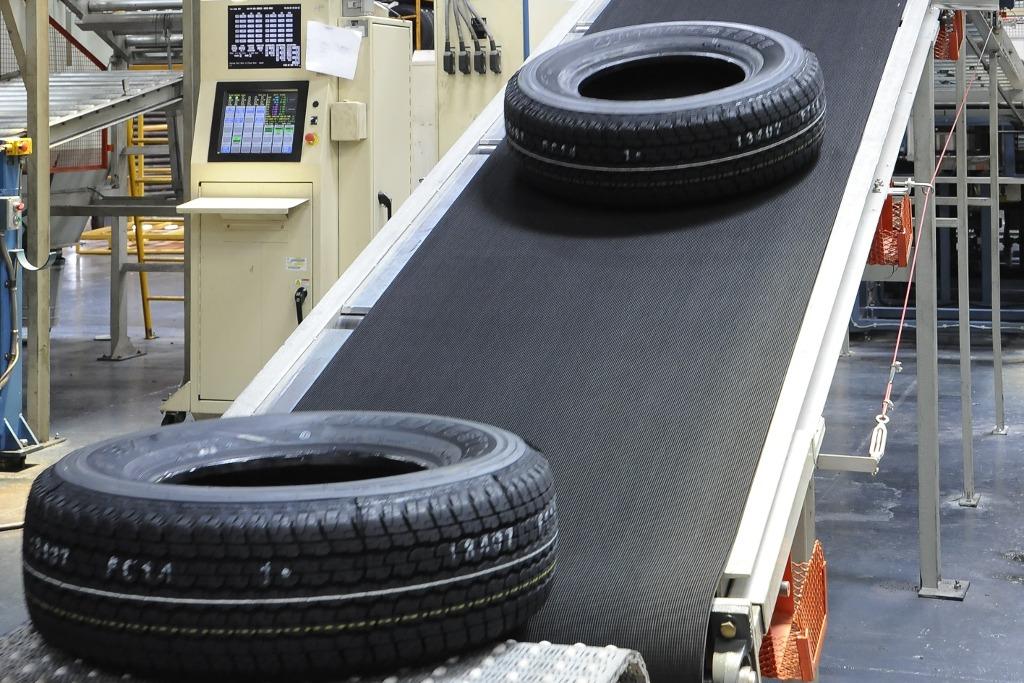 Bridgestone contrata nuevos empleados para aumentar la producción