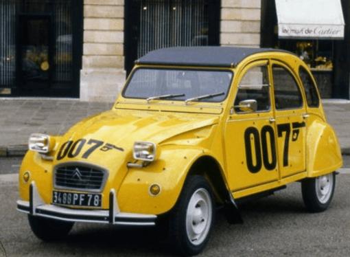El Citroën 2CV de Bond cumple 40 años