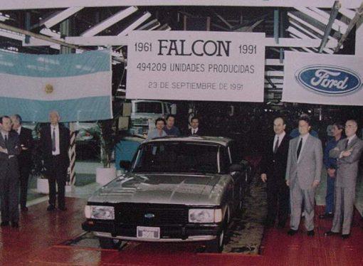 Hace 30 años se dejaba de hacer el Ford Falcon
